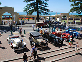 Old fashioned cars at Napier Art Deco Festival image